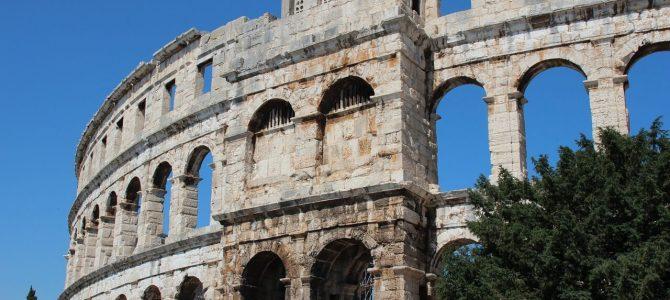 Pula – rzymski amfiteatr w środku miasta