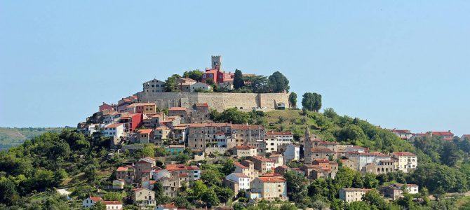 Motovun – miasteczko na wzgórzu