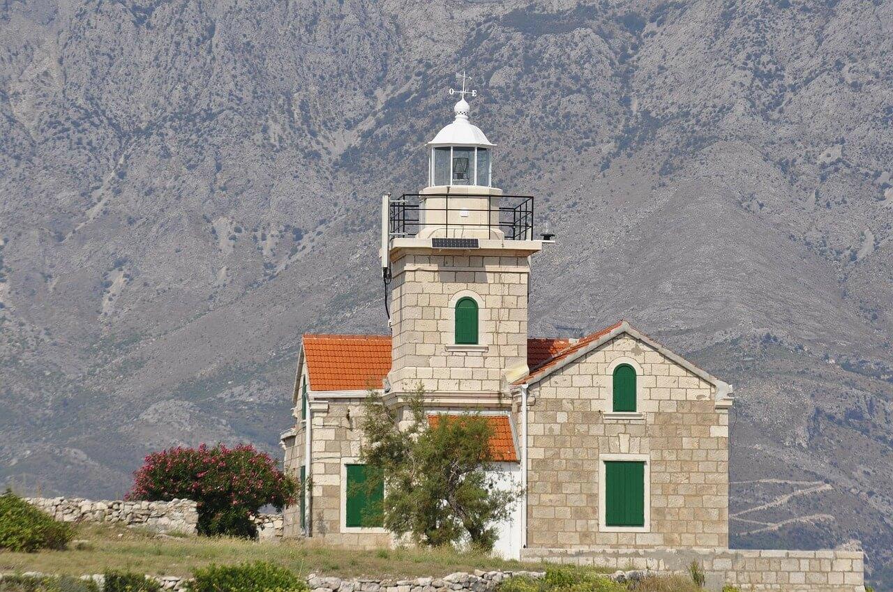 wyspa Brac Chorwacja - kościół